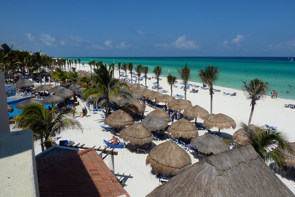 Viva wyndham maya review playa del carmen club thrifty for The cheapest beach vacation