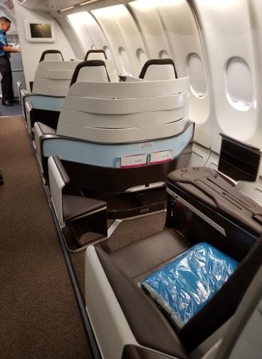 Hawaiian Air First Class review - A330 seats