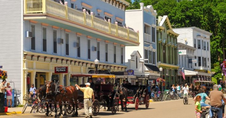Great Summer Destinations - photo of Mackinac Island horse carraiges